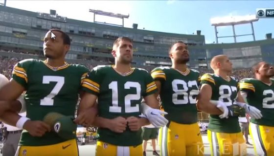 Greenbay Packers lock arms